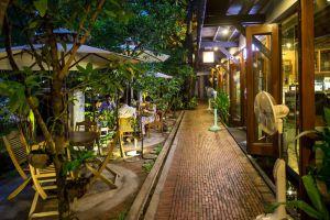 Rohatt-Cafe-Siem-Reap-Cambodia-02.jpg