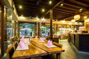 Rohatt-Cafe-Siem-Reap-Cambodia-07.jpg