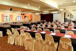 Rosa-Passadena-Cameron-Highlands-Malaysia-Meeting-Room.jpg