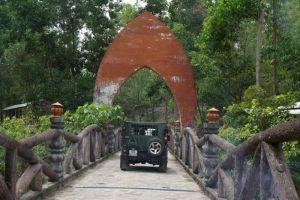 Rose-Travel-Service-Vietnam-Jeep-Tour-Hoi-An-004.jpg