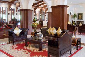 Royal-Angkor-Resort-Spa-Siem-Cambodia-Lobby.jpg