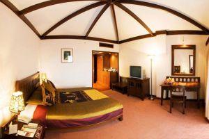 Royal-Angkor-Resort-Spa-Siem-Cambodia-Room.jpg