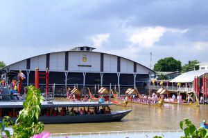 Royal-Barges-National-Museum-Bangkok-Thailand-01.jpg