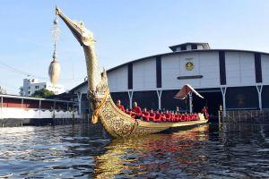 Royal-Barges-National-Museum-Bangkok-Thailand-03.jpg