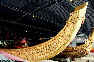 Royal-Barges-National-Museum-Bangkok-Thailand-06.jpg