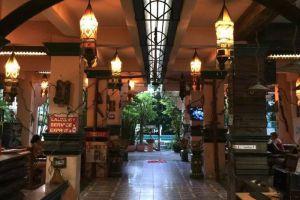 Royal-Guest-House-Chiang-Mai-Thailand-Lobby.jpg