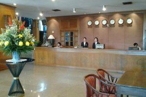Royal-Lanna-Hotel-Chiang-Mai-Thailand-Reception.jpg