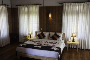 Royal-Nadi-Resort-Taunggyi-Myanmar-Room.jpg