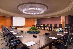 Royal-Orchid-Sheraton-Hotel-Tower-Bangkok-Thailand-Meeting-Room.jpg