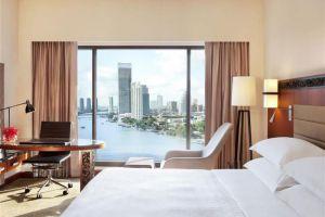 Royal-Orchid-Sheraton-Hotel-Tower-Bangkok-Thailand-Room.jpg