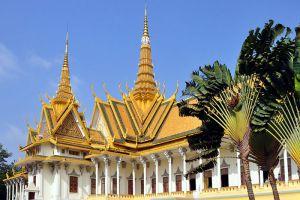 Royal-Palace-Phnom-Penh-Cambodia-002.jpg