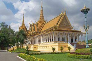 Royal-Palace-Phnom-Penh-Cambodia-004.jpg