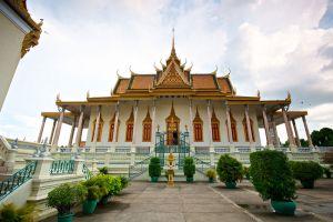 Royal-Palace-Phnom-Penh-Cambodia-008.jpg
