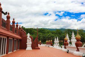 Royal-Pavilion-Hor-Kham-Luang-Chiang-Mai-Thailand-02.jpg