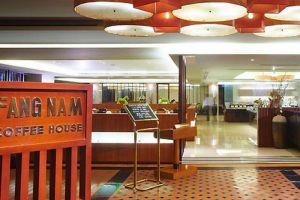 Royal-River-Hotel-Bangkok-Thailand-Coffee-Shop.jpg