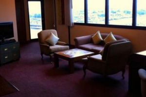 Royal-River-Hotel-Bangkok-Thailand-Living-Room.jpg
