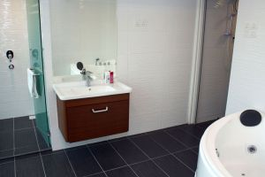 SS-City-Hotel-Kuala-Lumpur-Malaysia-Bathroom.jpg