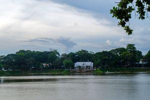 Sa-Kaphang-Surin-Public-Park-Trang-Thailand-06.jpg