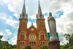 Saigon-Notre-Dame-Basilica-Ho-Chi-Minh-Vietnam-001.jpg