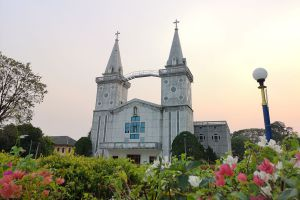 Saint-Anna-Nong-Saeng-Church-Nakhon-Phanom-Thailand-06.jpg