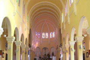 Saint-Nicholas-Cathedral-Dalat-Vietnam-001.jpg
