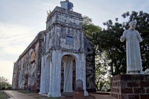 Saint-Paul-Church-Malacca-Malaysia-001.jpg