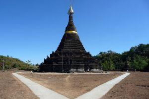 Sakya-Man-Aung-Pagoda-Rakhine-State-Myanmar-001.jpg