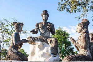 Sala-Kaeo-Ku-Wat-Khaek-Nongkhai-Thailand-005.jpg