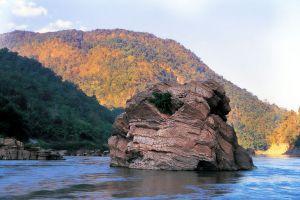 Salawin-National-Park-Mae-Hong-Son-Thailand-03.jpg