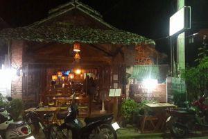Salween-River-Restaurant-Bar-Mae-Hong-Son-Thailand-005.jpg