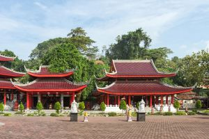 Sam-Poo-Kong-Temple-Central-Java-Indonesia-008.jpg