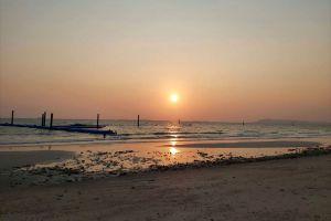 Samae-Beach-Chonburi-Thailand-04.jpg