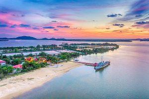 Samet-Ngam-Shipyard-Chanthaburi-Thailand-06.jpg