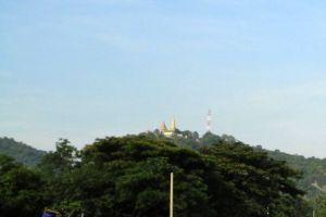 Sampeou-Mountain-Battambang-Cambodia-003.jpg