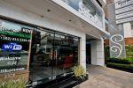 Samran-Place-Hotel-Bangkok-Thailand-Entrance.jpg