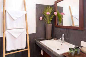 Samsara-Villa-Phnom-Penh-Cambodia-Bathroom.jpg