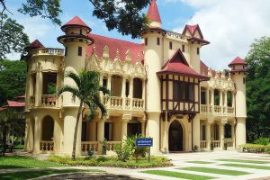 Sanam-Chandra-Palace-Nakhon-Pathom-Thailand-003.jpg