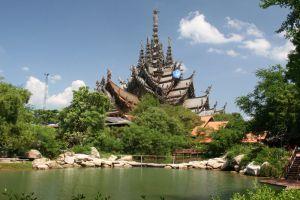 Sanctuary-of-Truth-Pattaya-Chonburi-Thailand-002.jpg