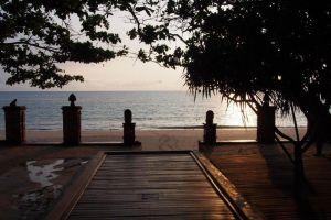 Sand-Resort-Spa-Lanta-Thailand-Beachfront.jpg