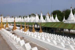 Sandamuni-Pagoda-Mandalay-Myanmar-004.jpg