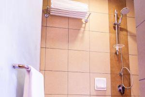 Sandpiper-Hotel-Kuala-Lumpur-Malaysia-Bathroom.jpg