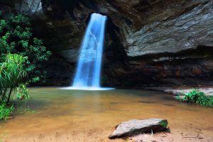 Sang-Chan-Waterfall-Ubon-Ratchathani-Thailand-02.jpg
