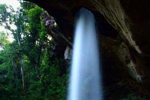 Sang-Chan-Waterfall-Ubon-Ratchathani-Thailand-05.jpg