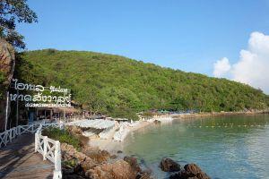 Sangwan-Beach-Chonburi-Thailand-01.jpg