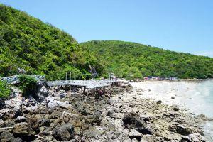 Sangwan-Beach-Chonburi-Thailand-03.jpg