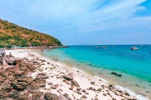 Sangwan-Beach-Chonburi-Thailand-06.jpg