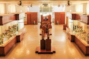 Sawankhaworanayok-National-Museum-Sukhothai-Thailand-03.jpg