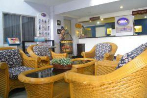 Sawasdee-Hotel-Pattaya-Thailand-Lobby.jpg