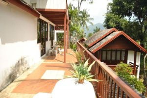 Searine-Boutique-Resort-Samui-Thailand-Terrace.jpg