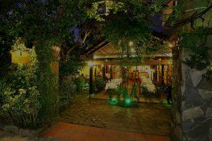 Secret-Garden-Restaurant-Hoi-An-Vietnam-001.jpg